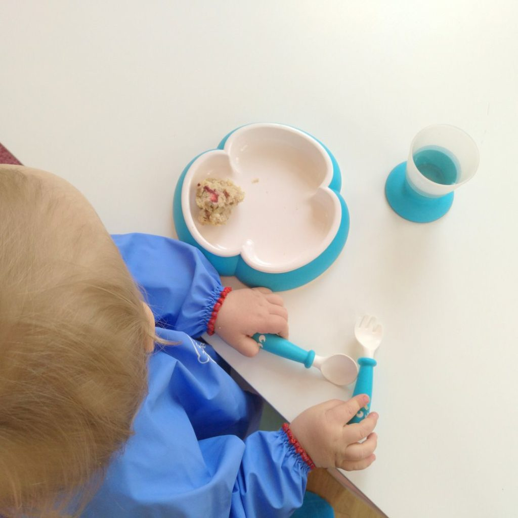 ab wann soll ein kind mit besteck essen