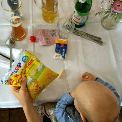 baby led weanning unterwegs und im restaurant