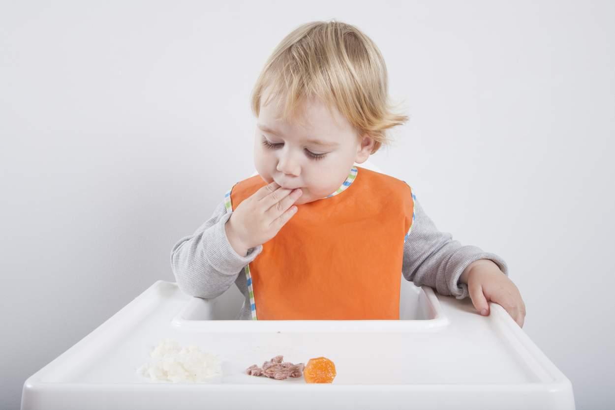 Baby will Lachs essen