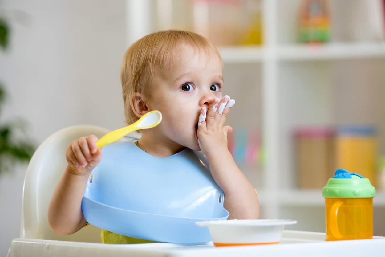 Baby will Milchprodukte essen