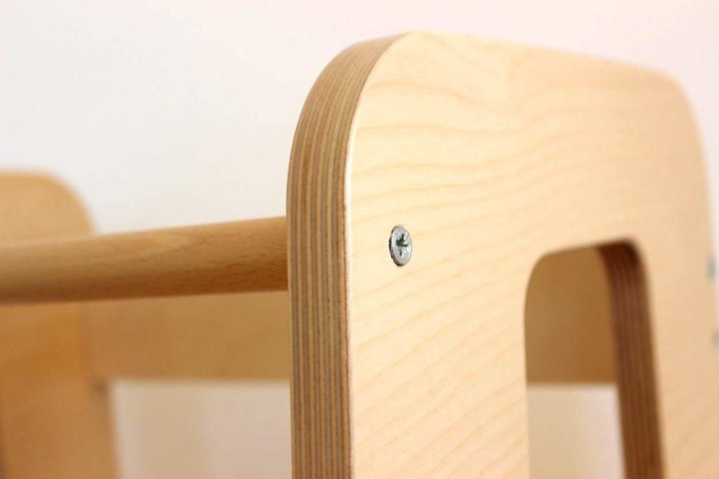Ullý Natural hat abgerundete Kanten aus Holz
