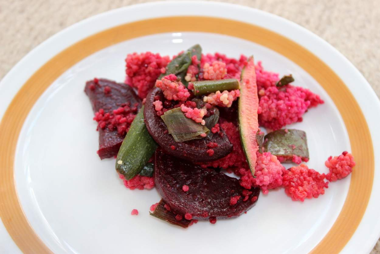 veganes-rote-bete-curry-mit-hirse