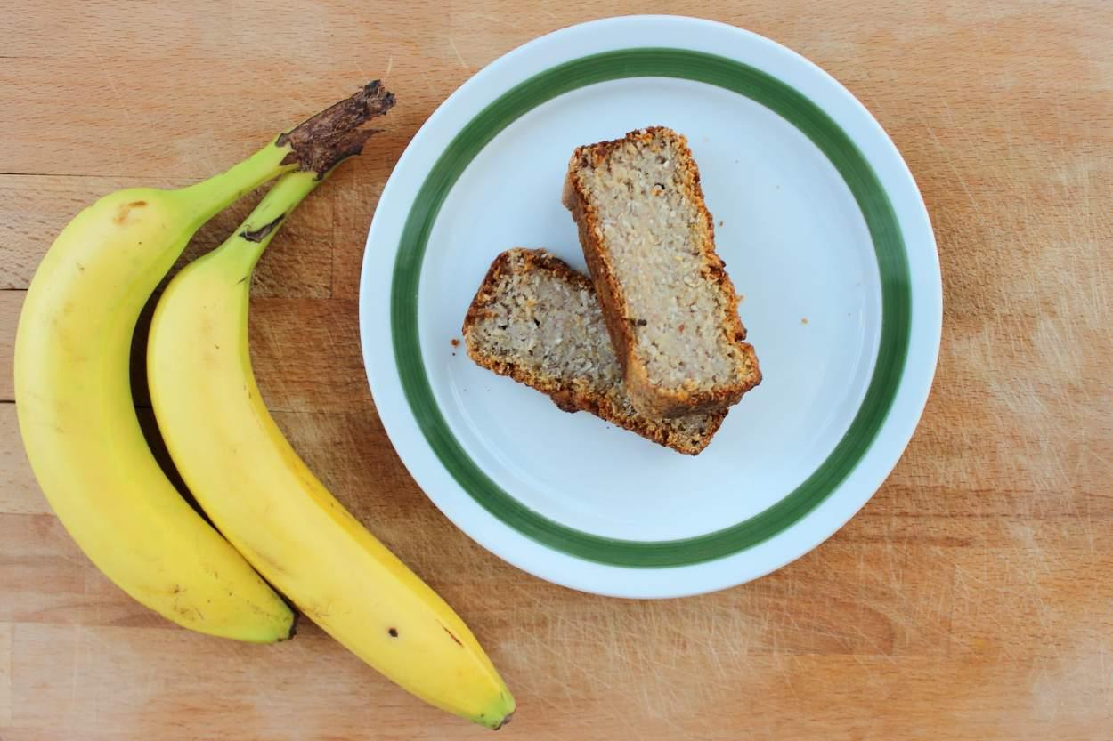 Kokos-bananenbrot zuckerfre