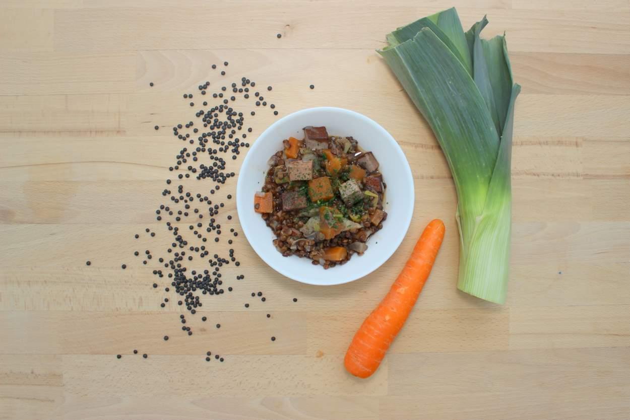linseneintopf-mit-belugalinsen-vegan