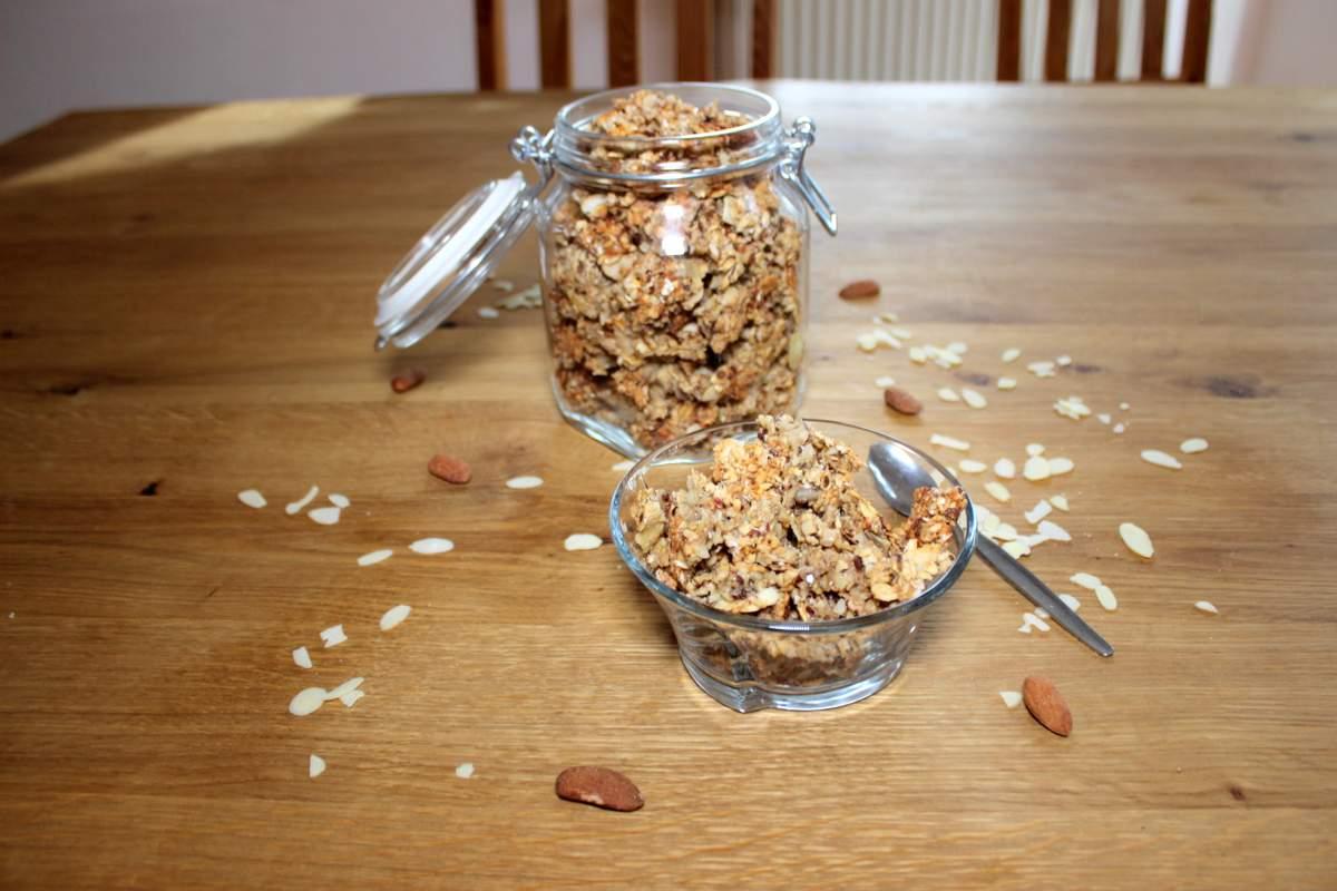 mandel granola ohne zuckerzusatz