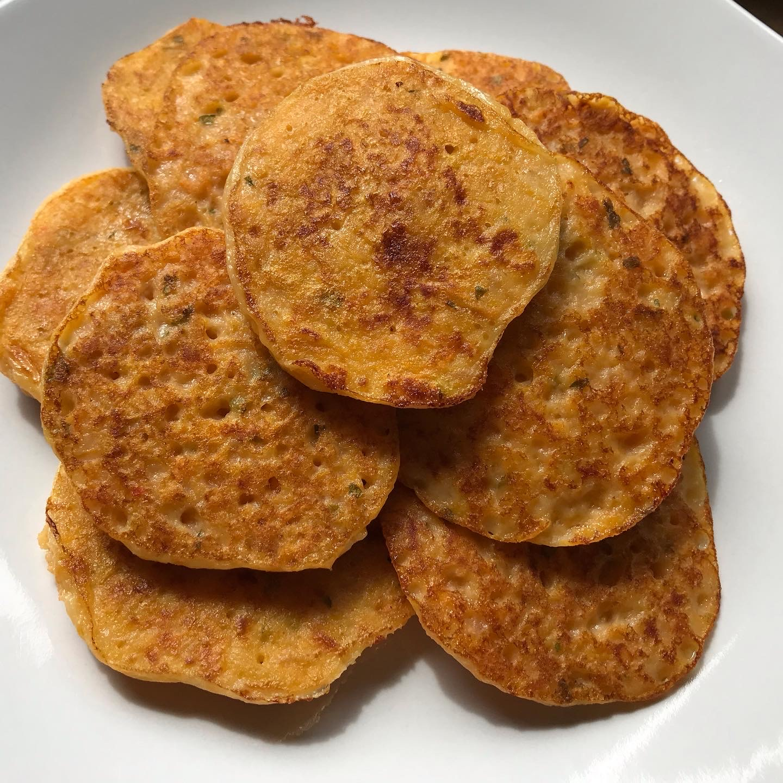 herzhafte süßkartoffel pancakes